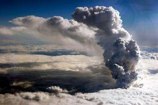 Volcanicashcloud